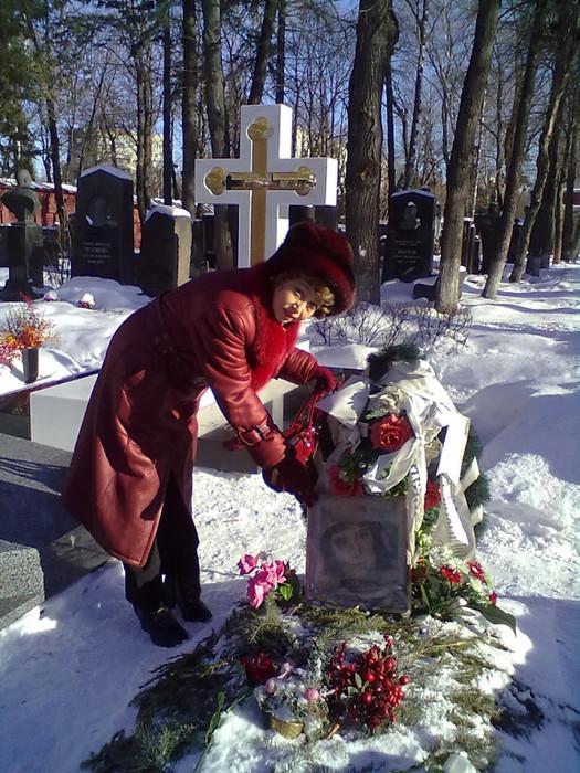 памятник татьяне самойловой фото студенту