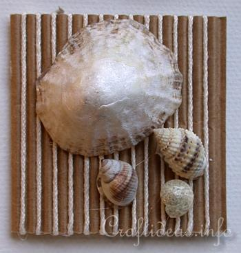 6226115_Summer_Canvas_with_Seashells_Inchies__Detail_3 (350x368, 23Kb)