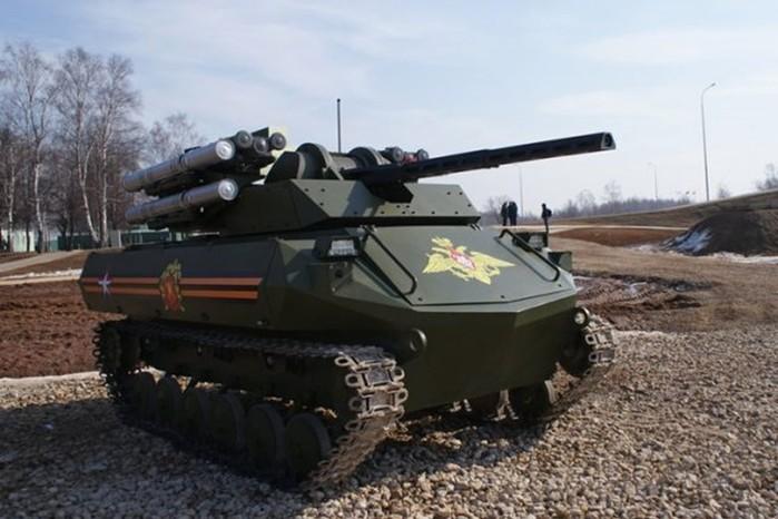 Возможности боевого робота-танка Уран-9, сделанного в России