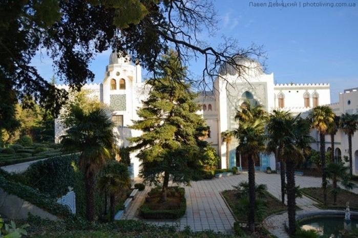 Дворец Дюльбер в Кореизе (Крым)
