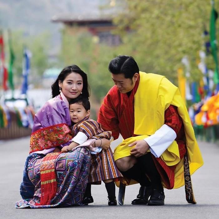 142517485 062218 0559 6 Кейт Миддлтон из Бутана: жизнь самой молодой королевы в мире