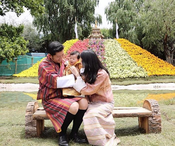 142517487 062218 0559 8 Кейт Миддлтон из Бутана: жизнь самой молодой королевы в мире