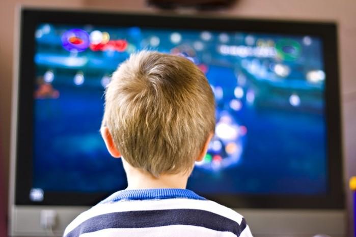 Телевизор и дети: «Сегодня ребенок не сможет вырасти полноценным»