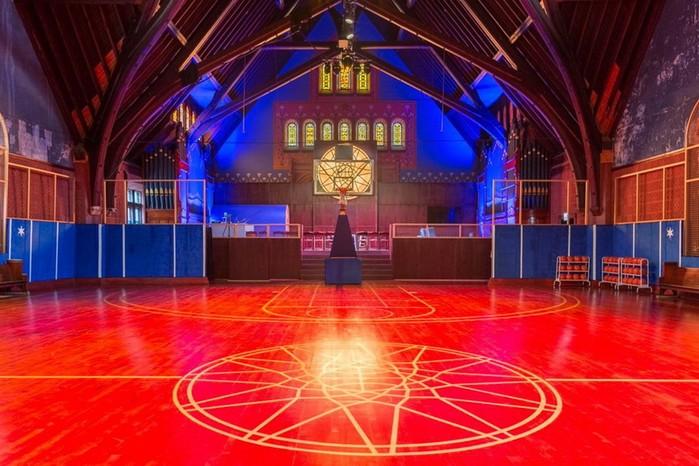 Церковь 19-го века превратили в«Храм баскетбола»