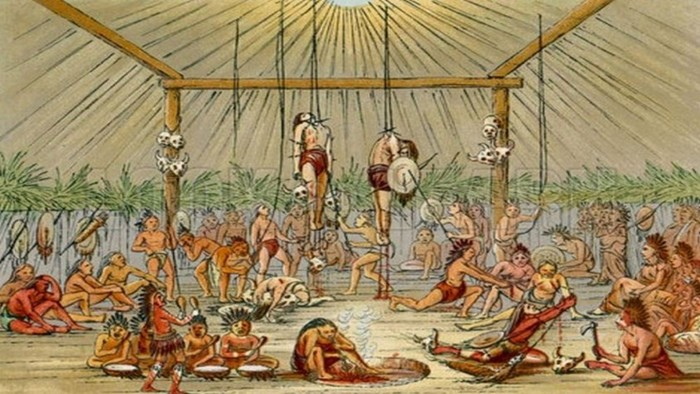 10 сумасшедших обрядов посвящения, которые проводят разные народы