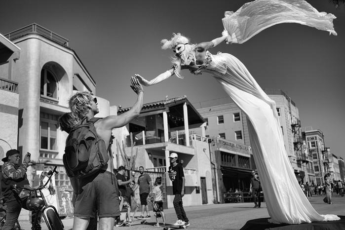 143707369 091418 1040 8 В Лос Анджелесе есть «Венеция»: фотографии безудержного веселья