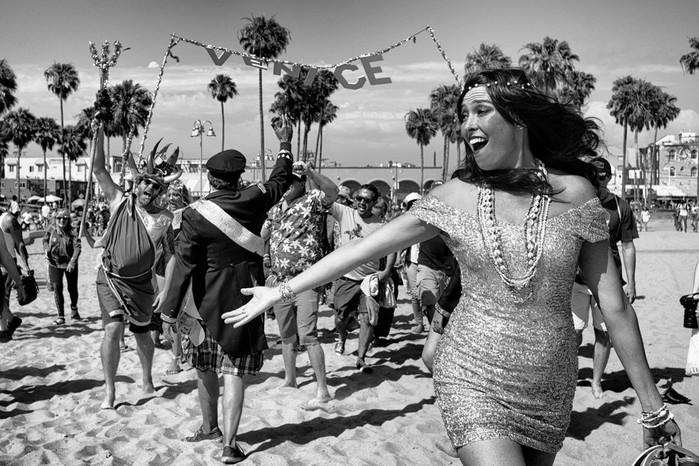 143707371 091418 1040 10 В Лос Анджелесе есть «Венеция»: фотографии безудержного веселья