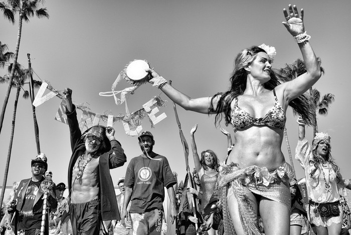 143707393 091418 1040 30 В Лос Анджелесе есть «Венеция»: фотографии безудержного веселья