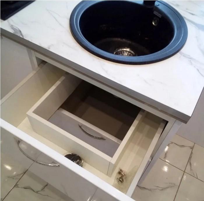 143764919 091718 1231 6 Как с комфортом обустроить маленькую кухню в «хрущевке»