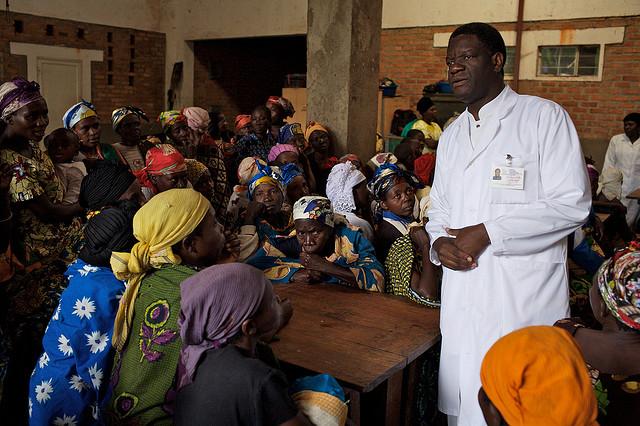 dr-denis-mukwege-at-the-panzi-hospital-in-bukavu-eastern-dr-congo-c2a9-endre-vestvik-http-_flic-kr_p_v6lkh (640x426, 133Kb)