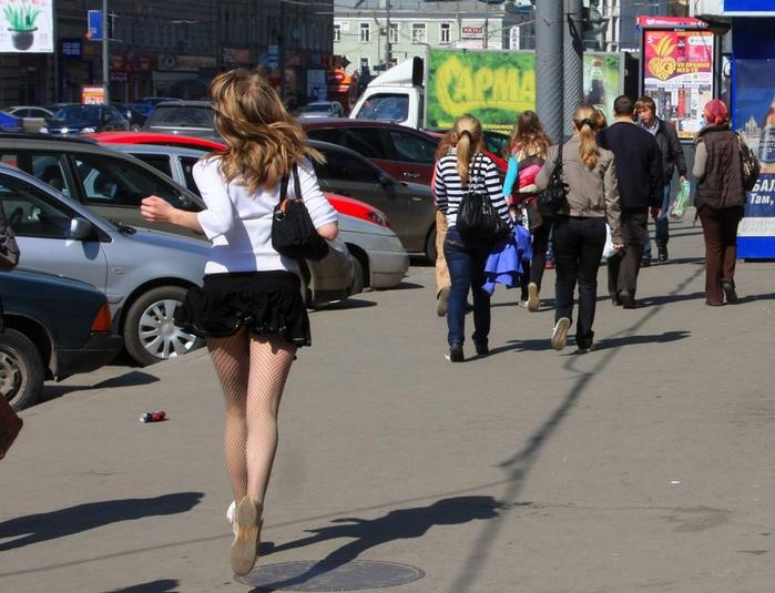 Без фото гуляет юбки