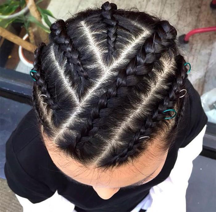 Что такое пирсинг для волос? Необычный тренд современной моды!