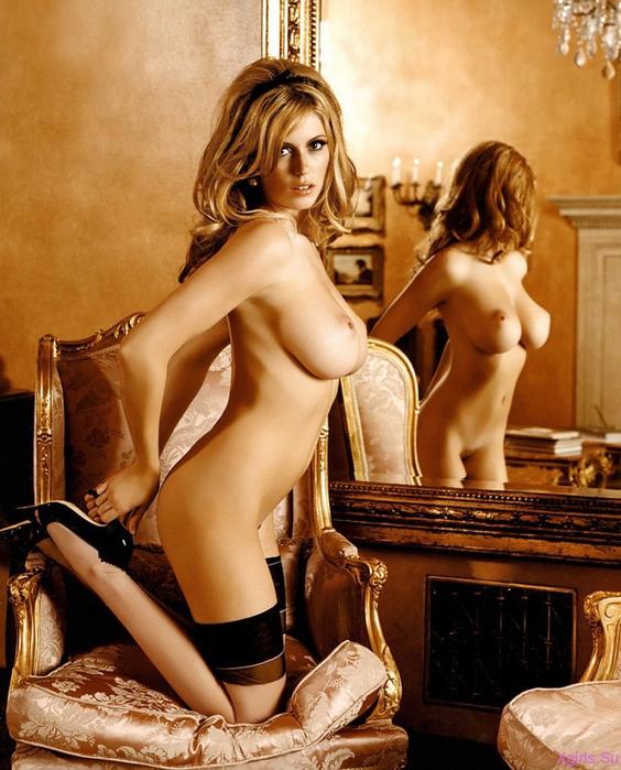Смотреть онлайн эротические фотосессии русских знаменитостей