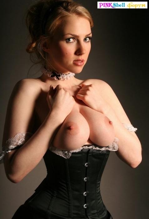 Фото голая служанка — 3