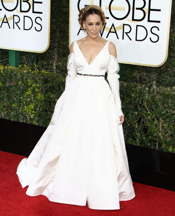FFN_RIJ_GOLDEN_GLOBES_SET3_010817_52276637-1483943310-640x786 (569x700, 85Kb)