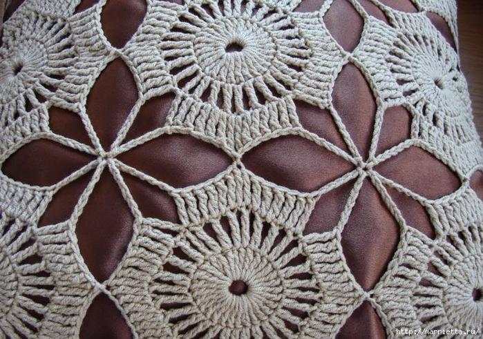 Вязание крючком декоративного чехла для подушки (2) (700x491, 354Kb)