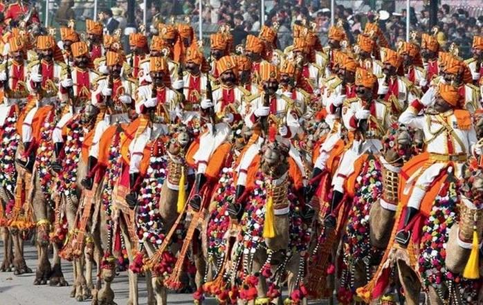 134413845 031517 1427 uniform4 Необычная военная форма разных стран