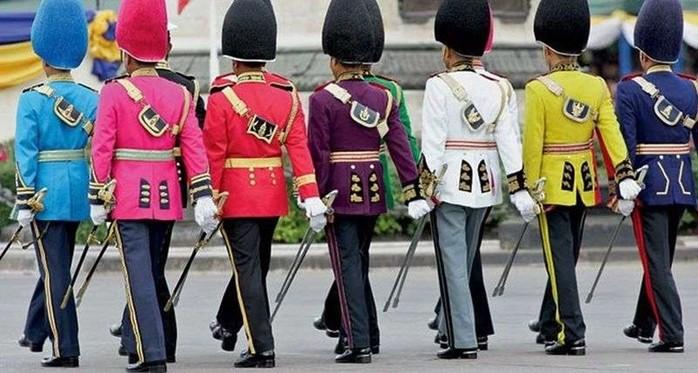 134413849 031517 1427 uniform8 Необычная военная форма разных стран
