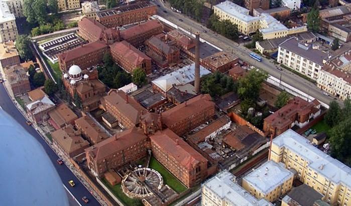 Легендарные тюрьмы России, от названий которых стынет в жилах кровь