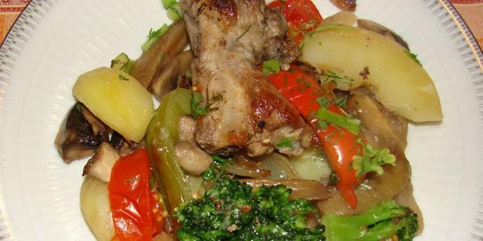 Межреберное мясо в ребрышках – самая вкусная часть.