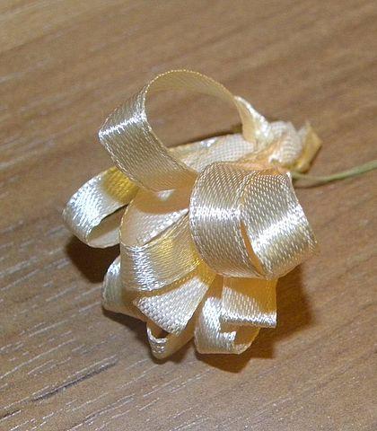 Вышиваем пион лентами (5) (420x480, 168Kb)