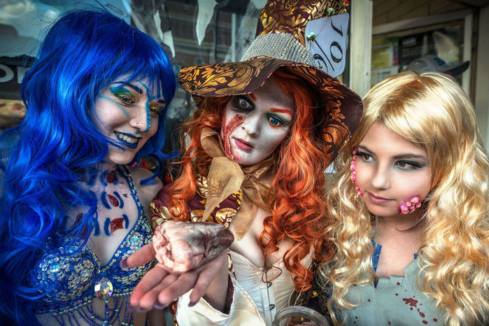 lithgow-halloween-festival-halloween-trick-or-trea11хещо42159 (700x466, 111Kb)