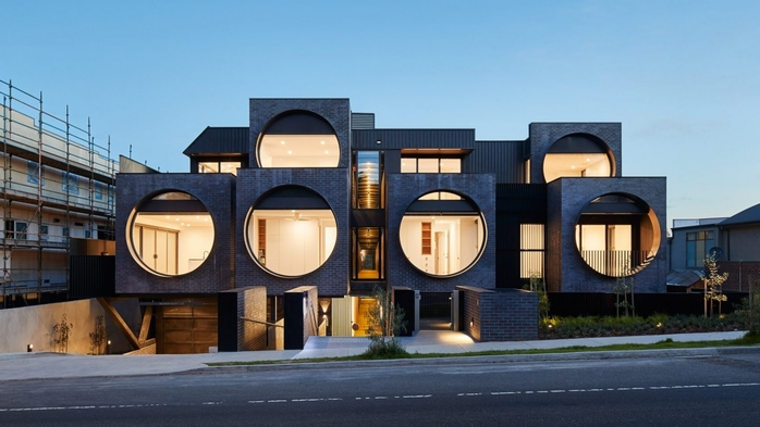 3726595_cirquaapartmentsbkkarchitectsarchitecture_dezeen_hero11704x959 (700x393, 183Kb)