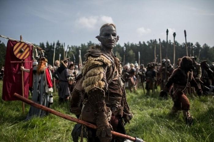 Массовое сражение фанатов «Хоббита» в лесу под Прагой