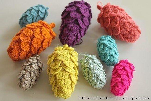 Разноцветные шишки крючком