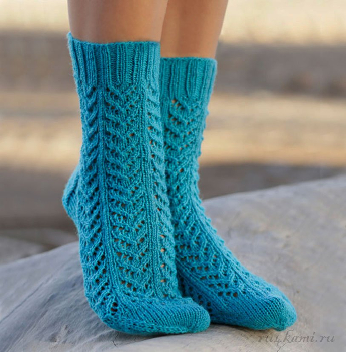 вязание спицами носки с ажурным рисунком Lvicaa