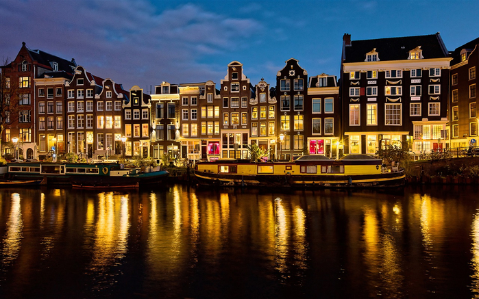 Netherlands-Amsterdam-houses-river-lights-night_1280x800 (700x437, 442Kb)
