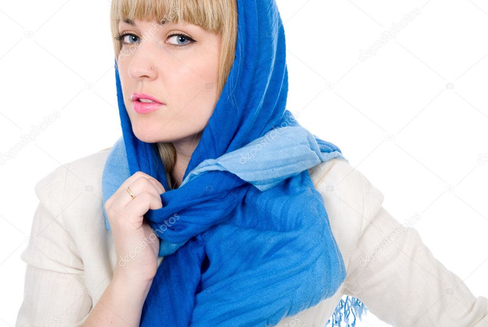 depositphotos_10539174-stock-photo-beautiful-girl-with-a-scarf (700x468, 239Kb)