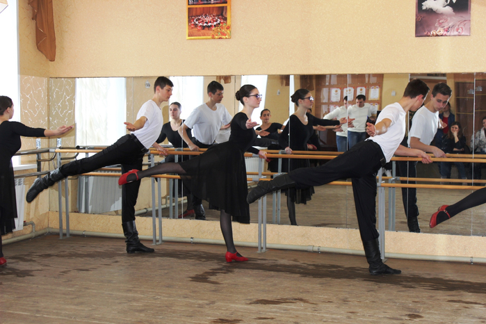 Открытый урок преподавателя Р.С. Подзолкова (хореография)