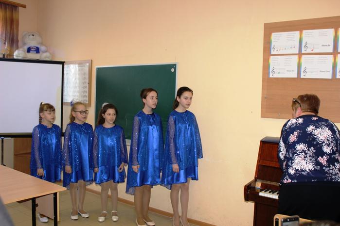 Открытый урок преподавателя Т.Г. Макаровой: Интонационный строй в вокальном ансамбле