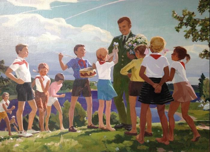 Ломыкин Константин Матвеевич - Гагарин в Артеке (1960-е) (700x508, 143Kb)