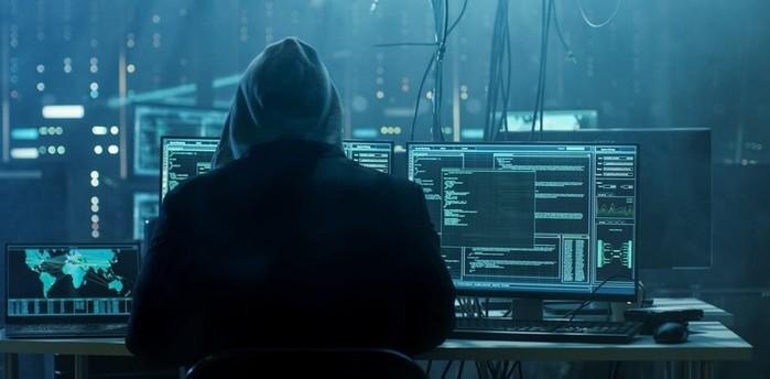Хакеры: кто они такие и как от них защититься