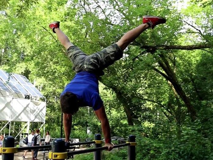 Как накачаться на турнике: тренировка по воркауту