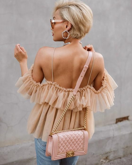 Как носить модный весенне летний цвет мокко