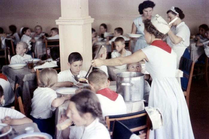 Блогер нашел редкие советские фотографии американского профессора