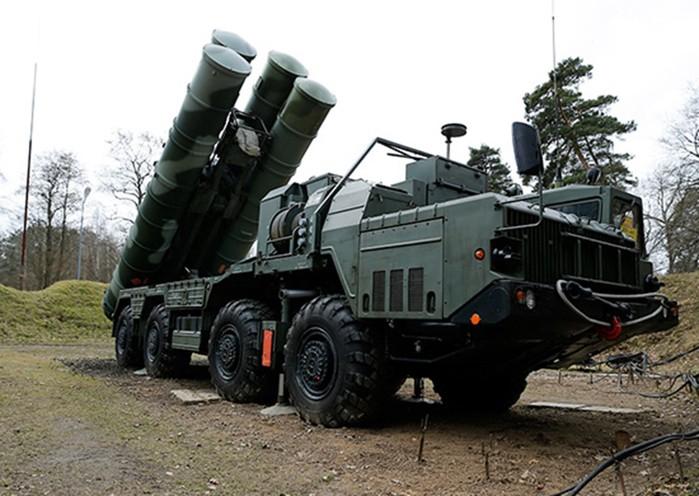 Почему в НАТО боятся зенитного комплекса С-400