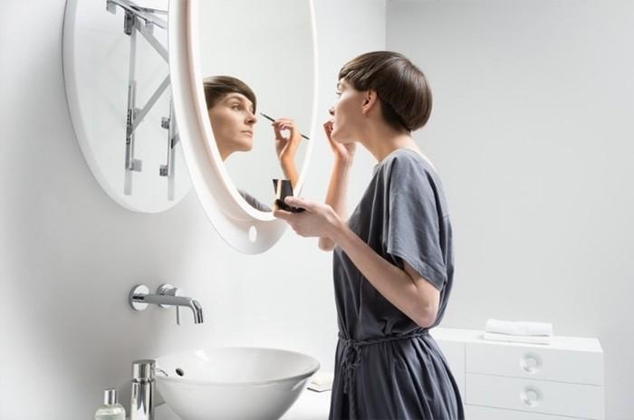 Русский фэншуй: где нельзя вешать зеркало в квартире