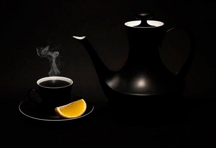 black-tea-kettle-cup-lemon (700x480, 15Kb)