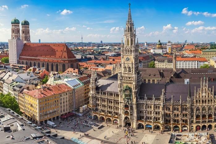 Названы города мира с переоцененным жильем