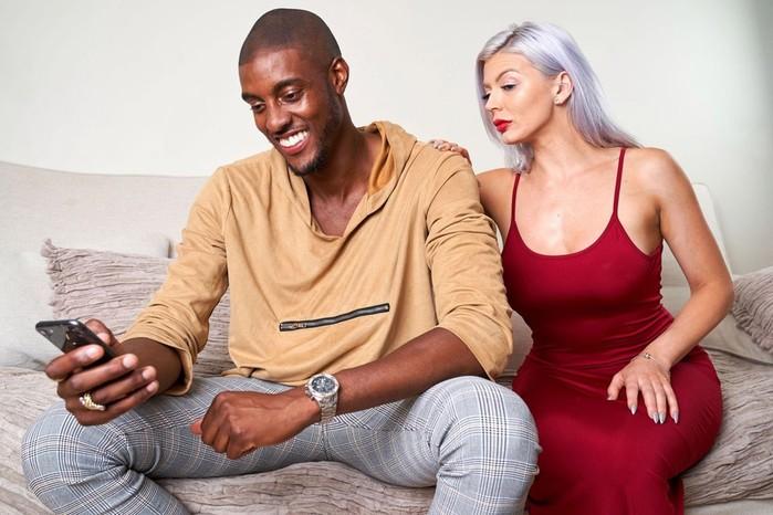 Раскрыты секреты Tinder: как добиться успеха в приложении для знакомств