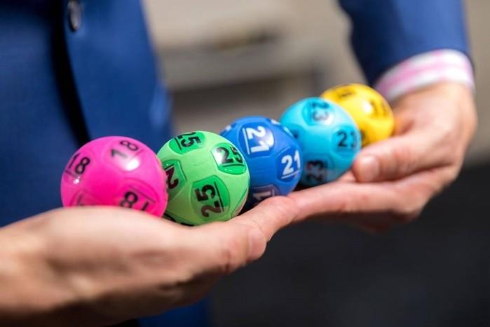 Выработал тактику игры в лотерею и сорвал двойной джекпот