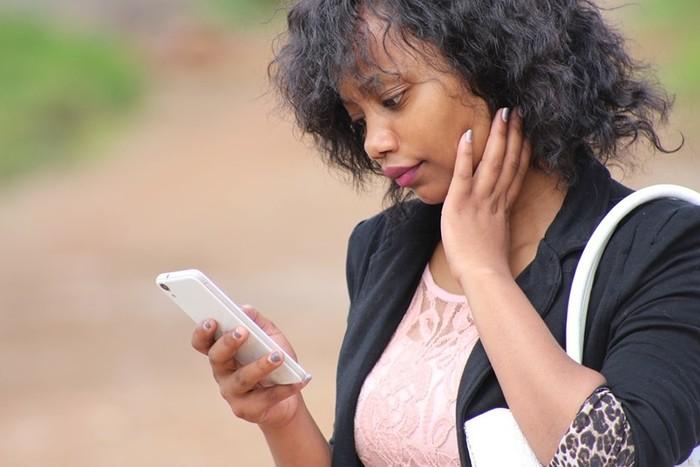 Доказано, что для женщин смартфоны более вредны, чем для мужчин