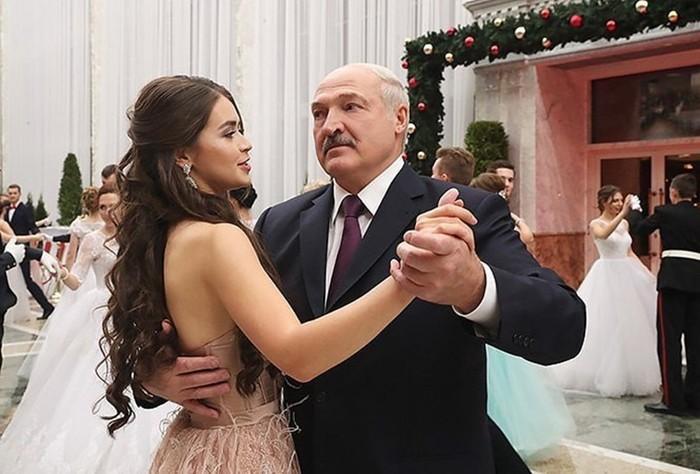 Новая любовь Лукашенко. Теперь навсегда?