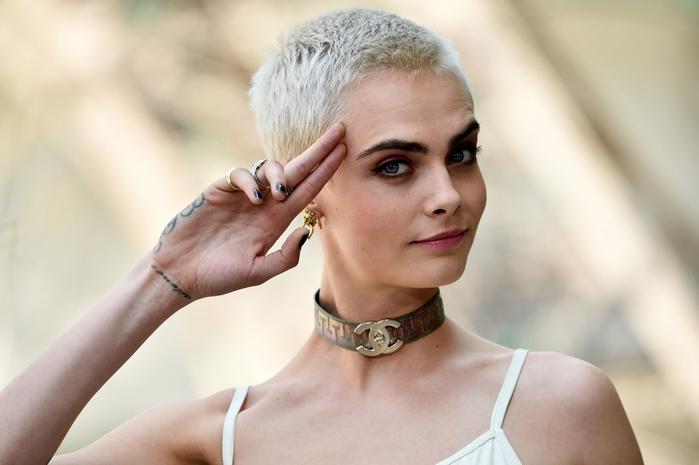 Как со временем менялась мода на брови