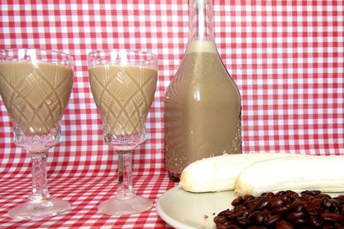 Как приготовить бананово кофейный ликёр