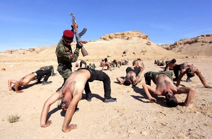 Суровые тренировки в армиях разных стран